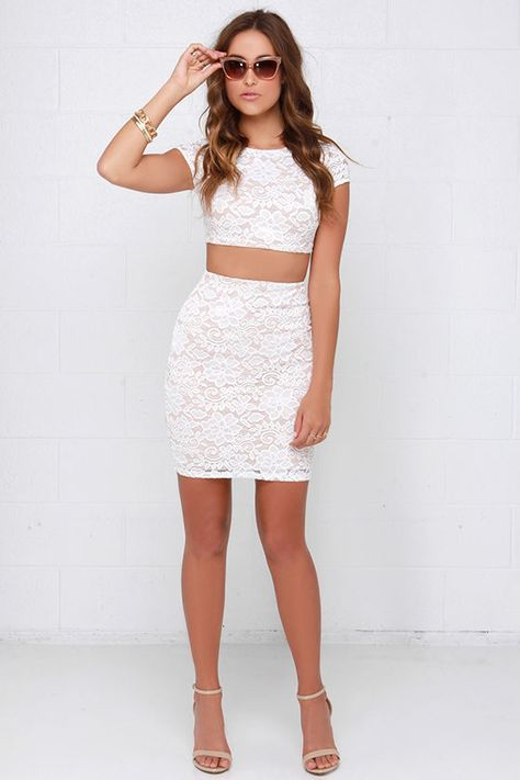 A Lace To A Name Beige And Ivory Lace Two Piece Dress Ropa