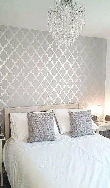 30 Grey Bedroom Inspirations 30greybedroominspirations Dailypinmag Greybedroo Silver Wallpaper Living Room Master Bedroom Wallpaper Wallpaper Decor Bedroom