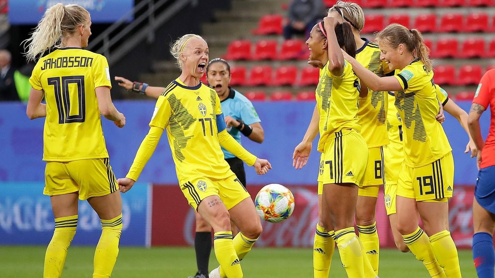 Fifa Women S World Cup Late Goals Seal Sweden Win Over Chile After Rain Delay Fifa Women S World Cup Fifa Sweden Soccer