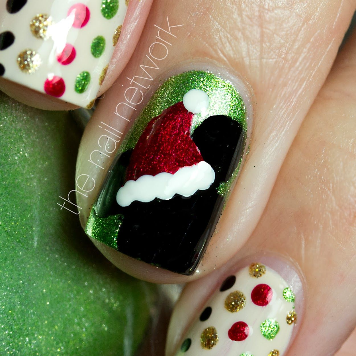 mickey mouse Christmas nail art | decided that a trip to wdw in the ...