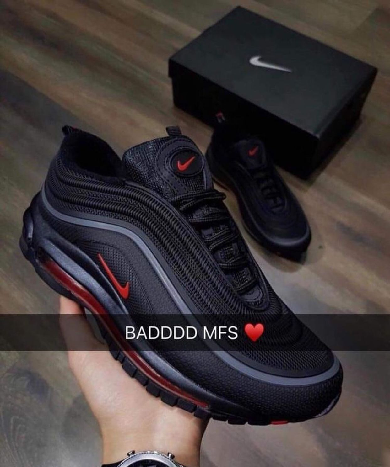 competitive price 182c9 86cbc Then click through right here for additional info. follow  0nlyjada for more  Women s Nike Sneakers, Nike Shoes For Men, Nike Air