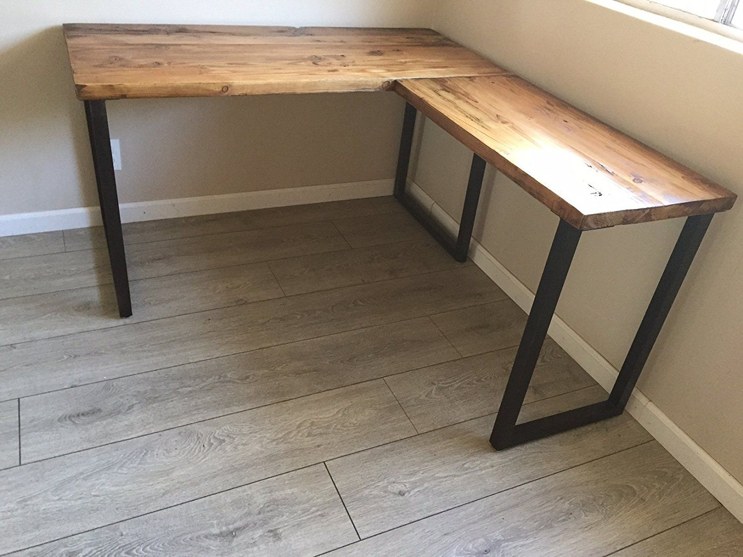 L Shaped Desk Reclaimed Wood With Metal Base Wooden Corner Desk Reclaimed Wood Desk Diy Corner Desk