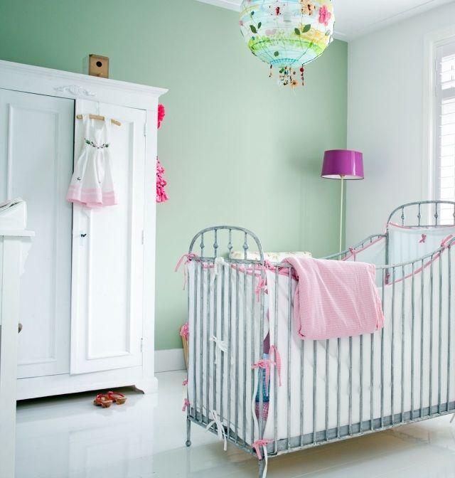 Babyzimmer Streichen Beispiele grün gestrichene wandfarbe an eiscreme erinnerd ideen für wände