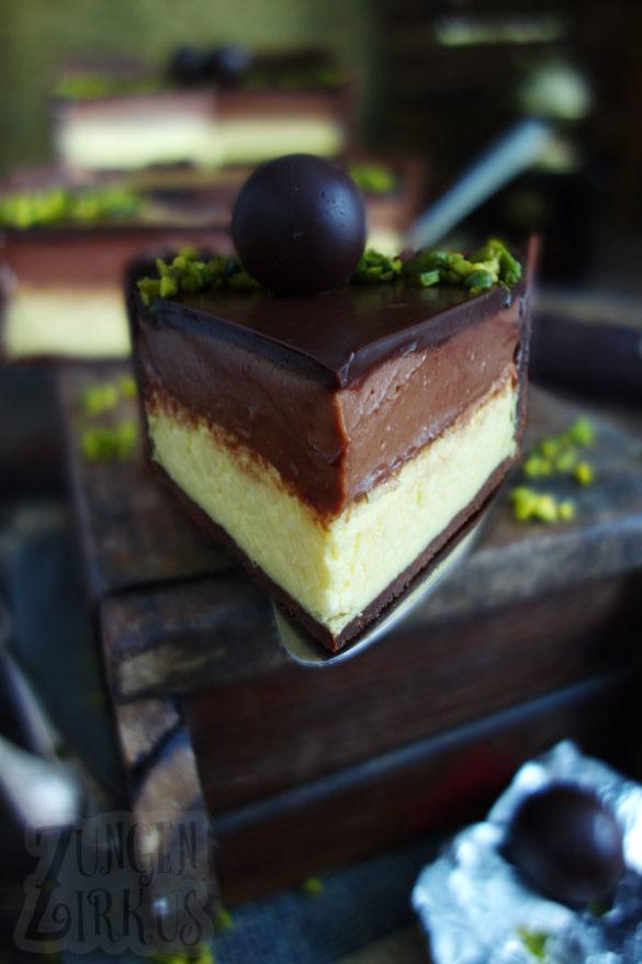 Tarta de queso Mozart con mazapán, turrón y chocolate – tongue circus
