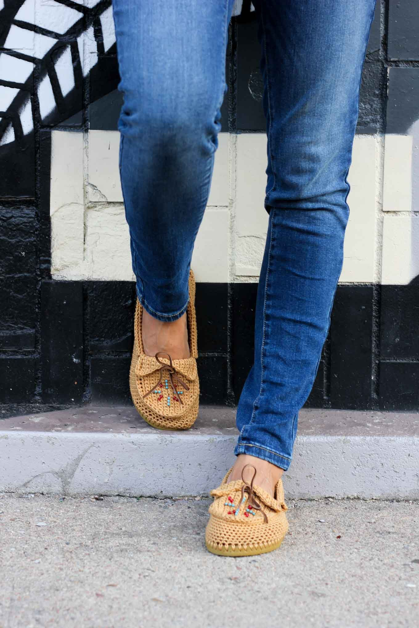 Crochet Shoes With Flip Flop Soles - Free Moccasin Pattern! | Lion ...