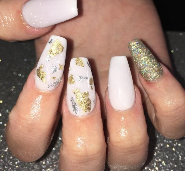 Beautiful Naildesign Featuring Nailart Foil Flakes And Glitter