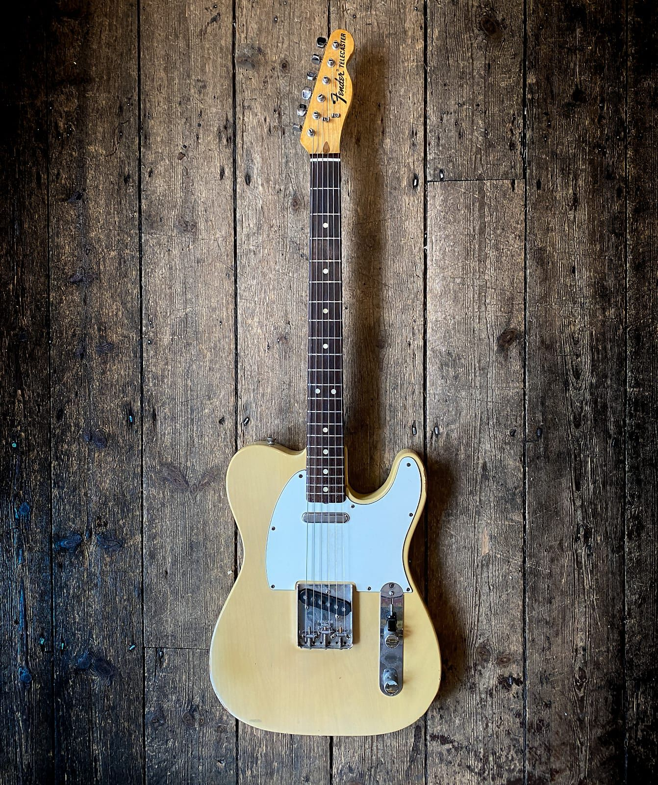 1973 Fender Blonde White Guard Telecaster With Ahrd Shell Case New Kings Road Vintage Guitar Emporium Reverb In 2021 Telecaster Vintage Guitars Fender