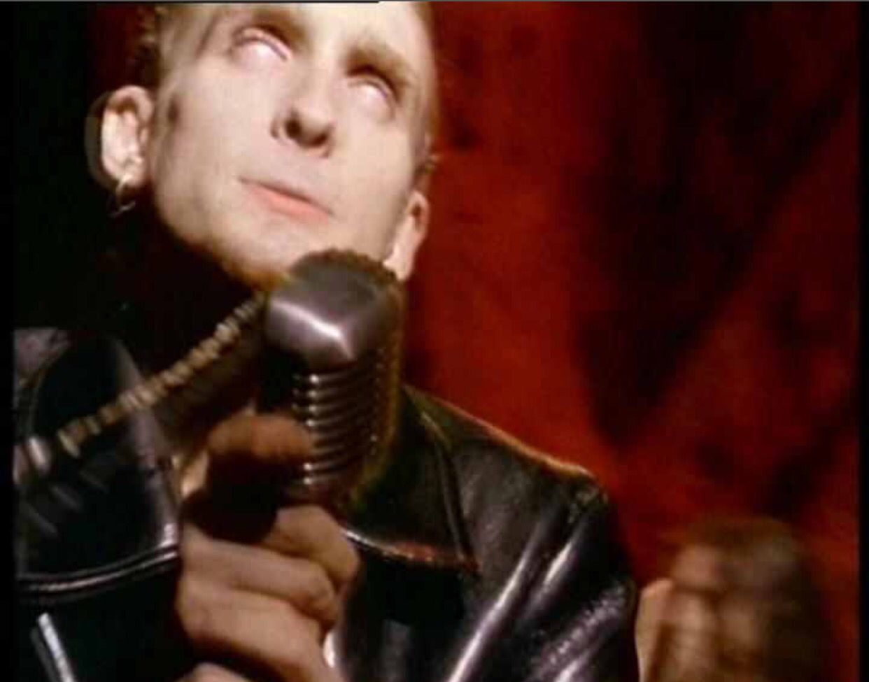 Layne Staley Them Bones Video Layne Staley Staley Alice In
