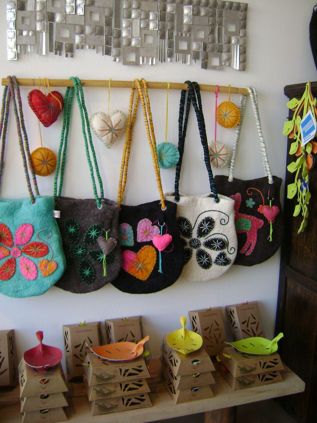 Trama dise o artesanal tienda de objetos de dise o - Objetos rusticos para decoracion ...