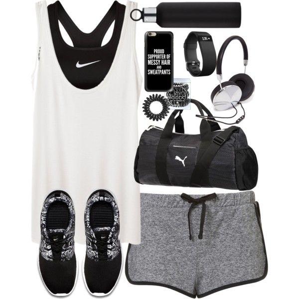vestito per la ginnastica nike scarpa, a giugno e a fare shopping