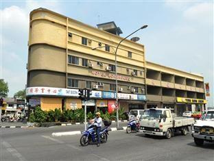 Hotel Longhouse Kuching Malaysia - It was not a nice place ...