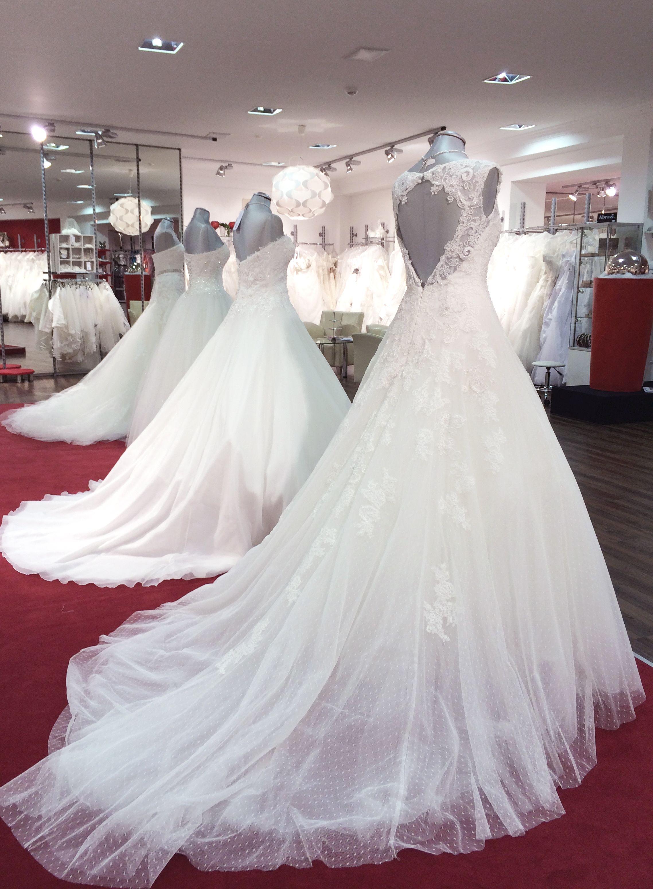 Unsere Brautkleider der Woche für Ihr schönstes Ja im Leben. #braut ...