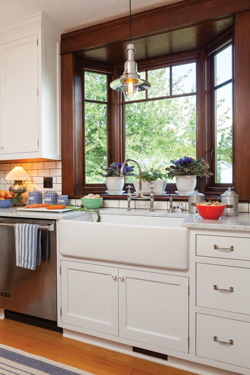 Restored Craftsman Bungalow House Simplified Bungalow Kitchen Craftsman Bungalow Interior Craftsman Kitchen