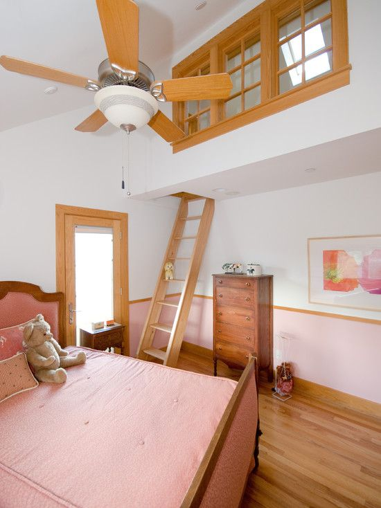 Way cool, a play room inside the bedroom.  With a ladder, it's probably too hard for the kids to bring the toys down, hence the bedroom stays clean!!!