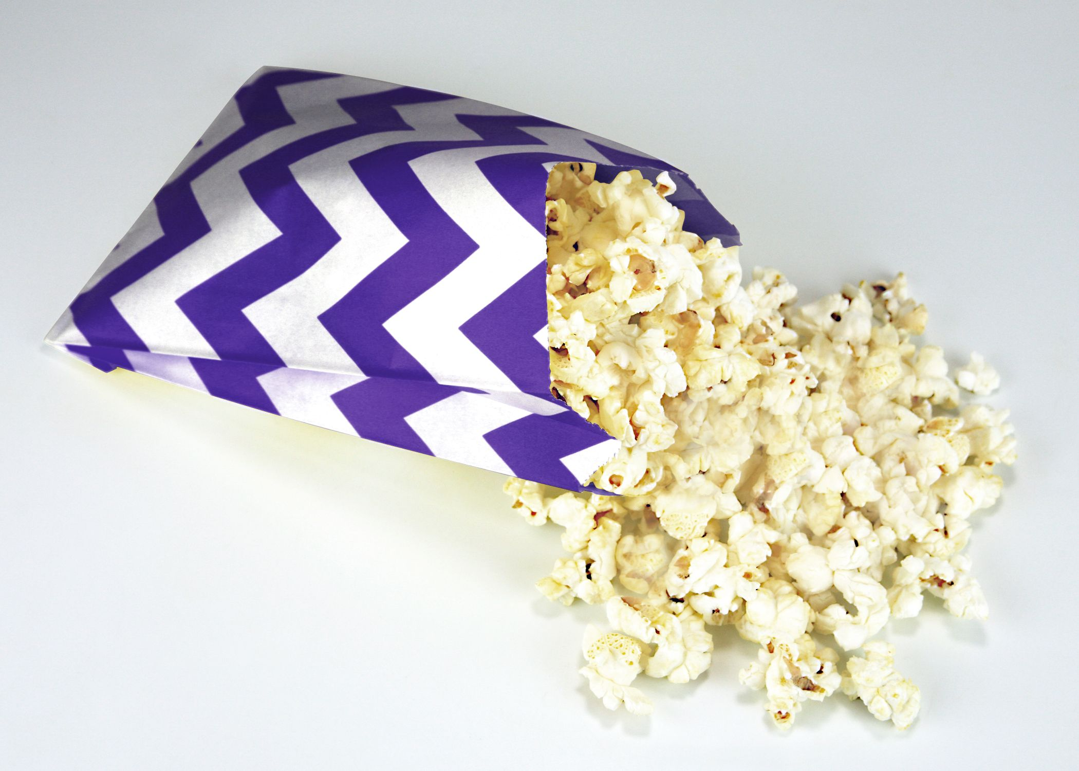 In Style Party Favors: Movie Night In Style With Retro Sally Party Favor Bags