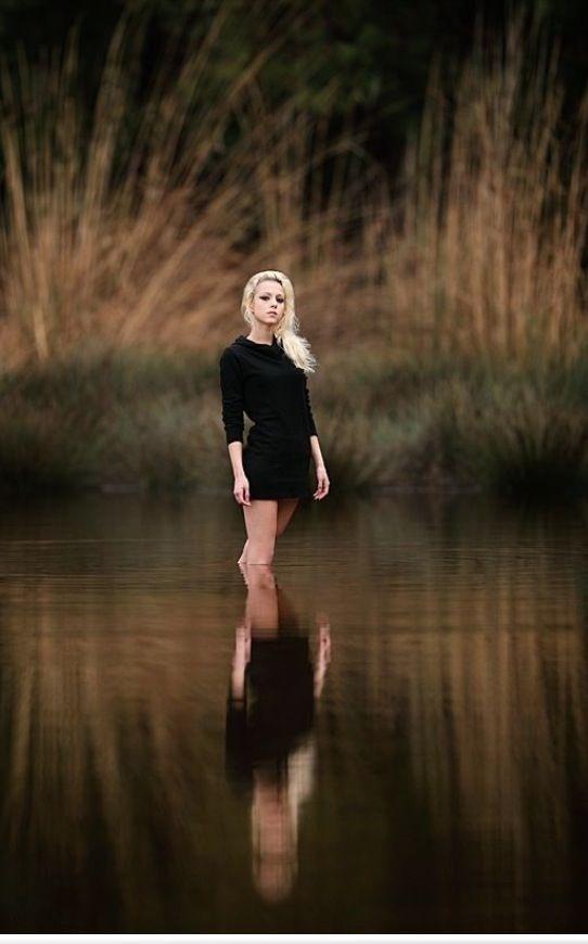Senior Picture Idea For Girl In Nature Beautiful Grassy Field Portrait Meadow
