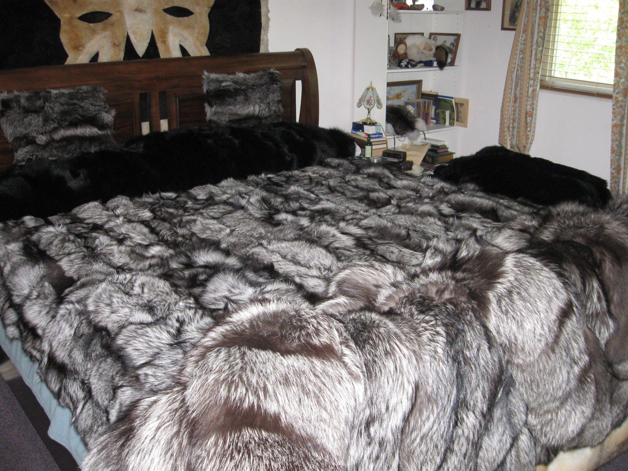 Furbob S New Silver Fox Blanket Literie Chic Couverture Fourrure Dessus De Lit