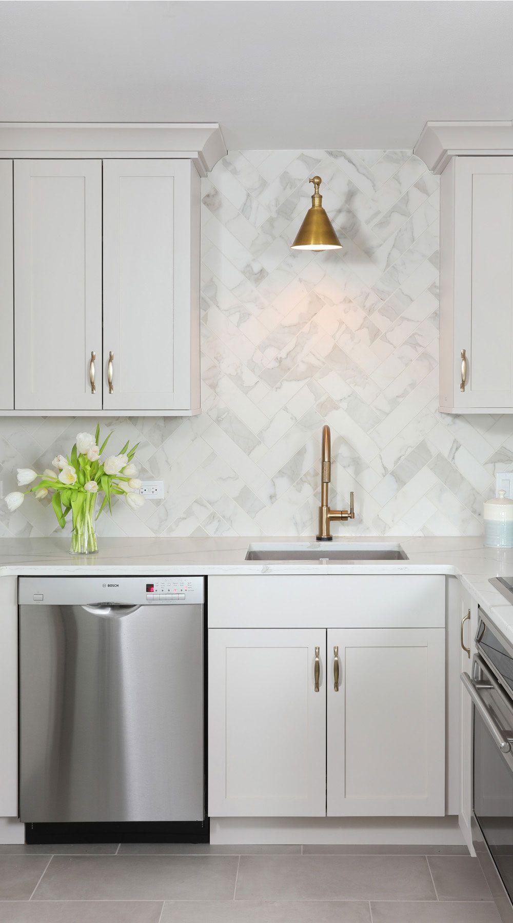27 Marble Herringbone Backsplash Marble White Kitchen Herringbone Backsplash Kitchen White Marble Kitchen Modern Marble Backsplash Kitchen