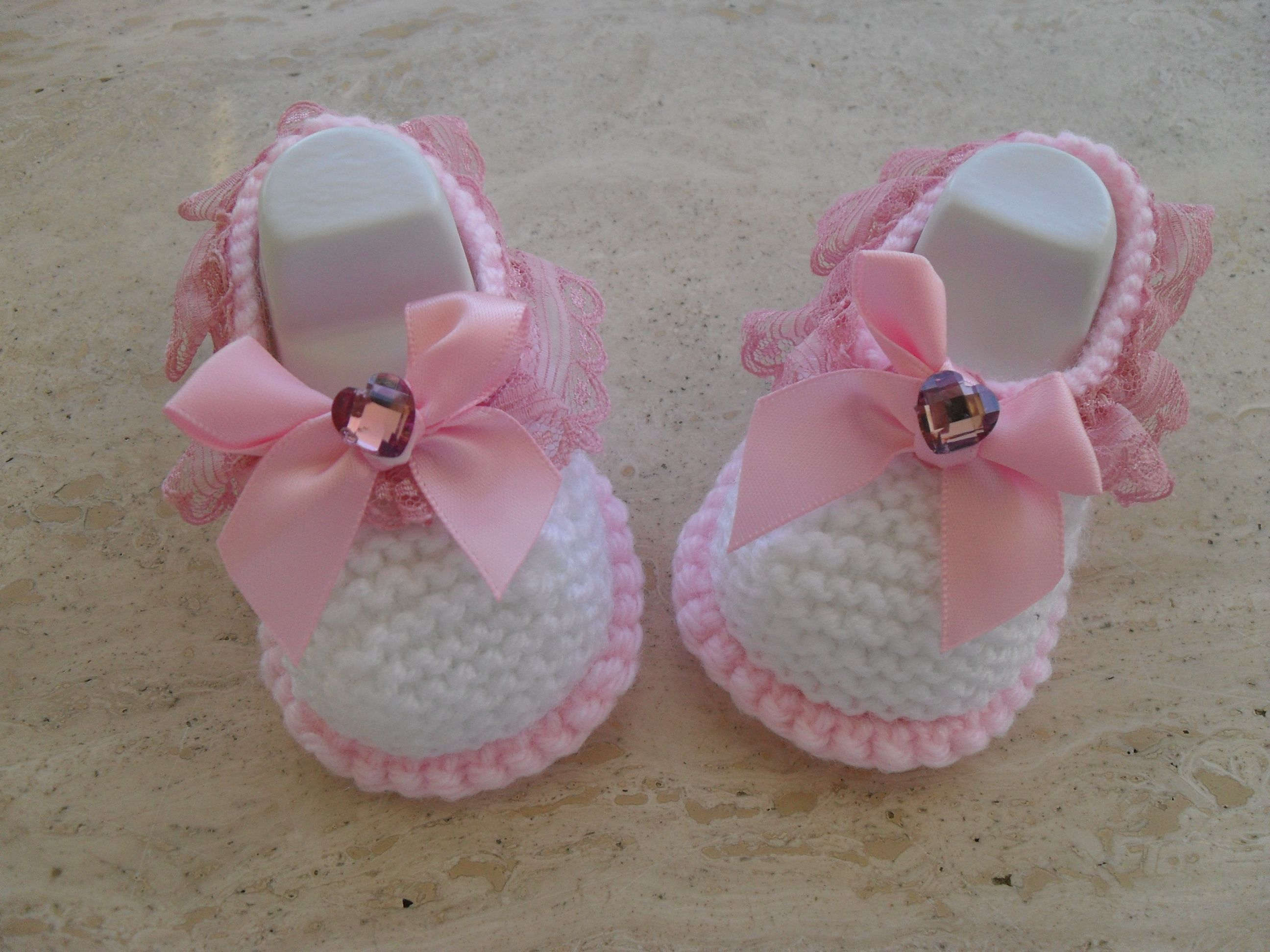 Knitting Pattern Baby Girl Shoes This Pattern Makes Three Sizes