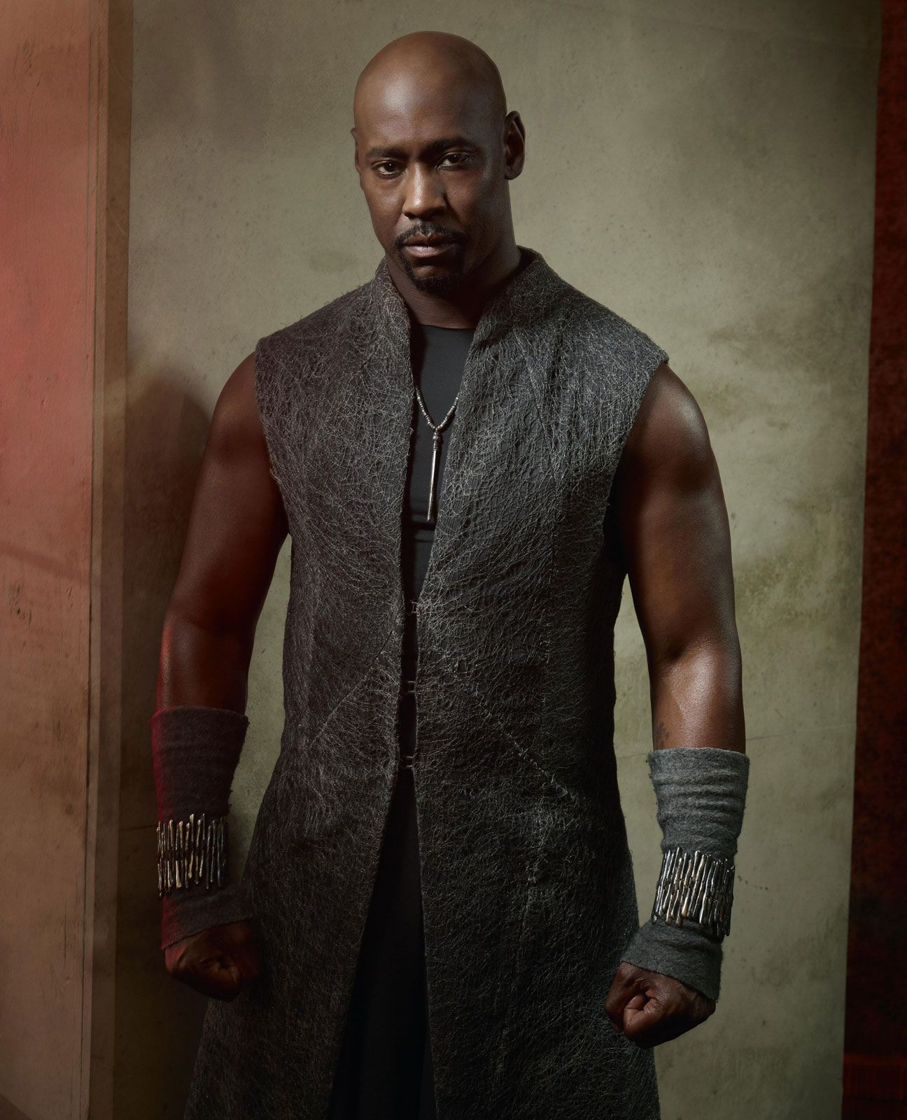 Lucifer Fox: D.B. Woodside As Amenadiel In 'Lucifer'