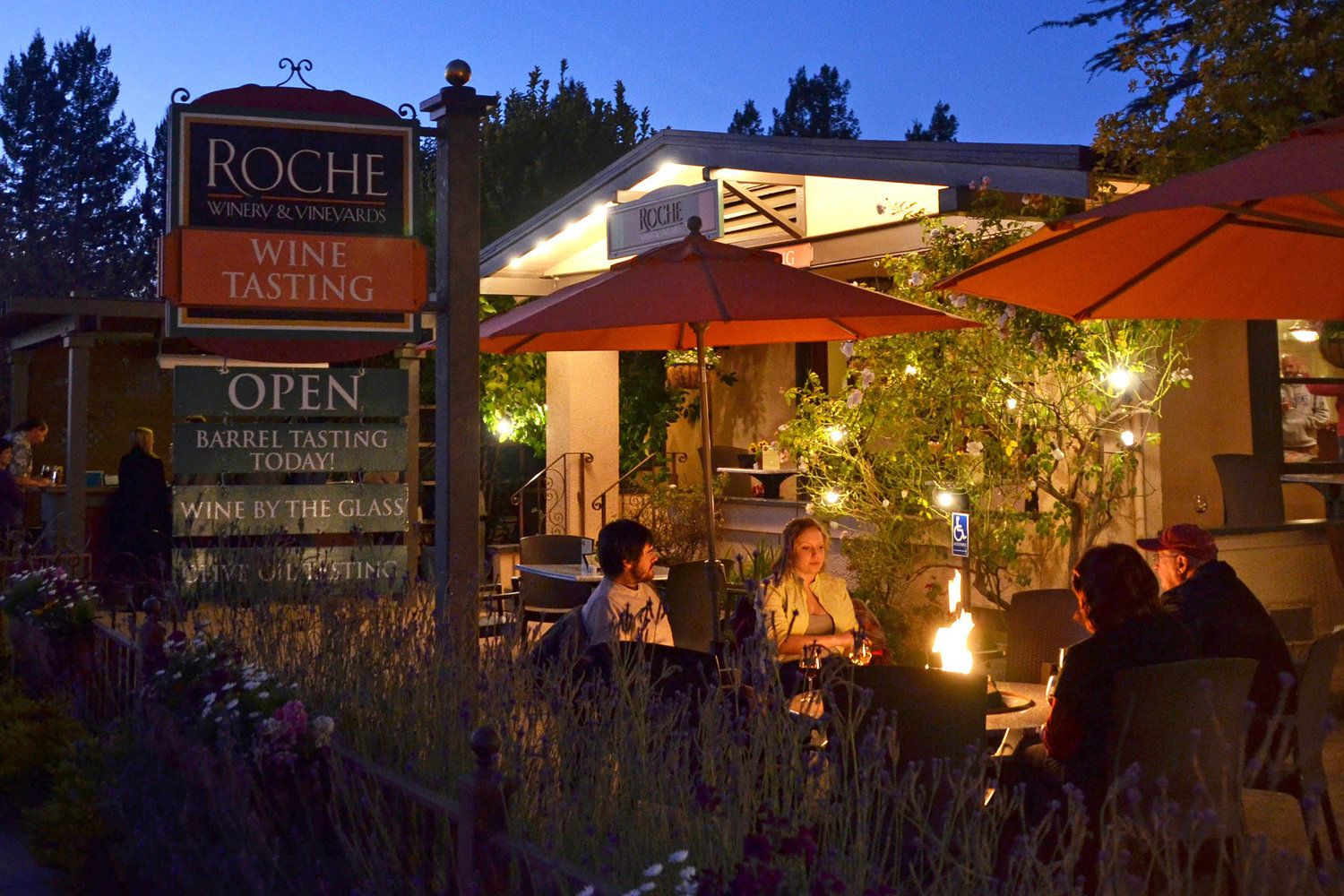 Downtown Sonoma Tasting Room — Roche Winery in 2020