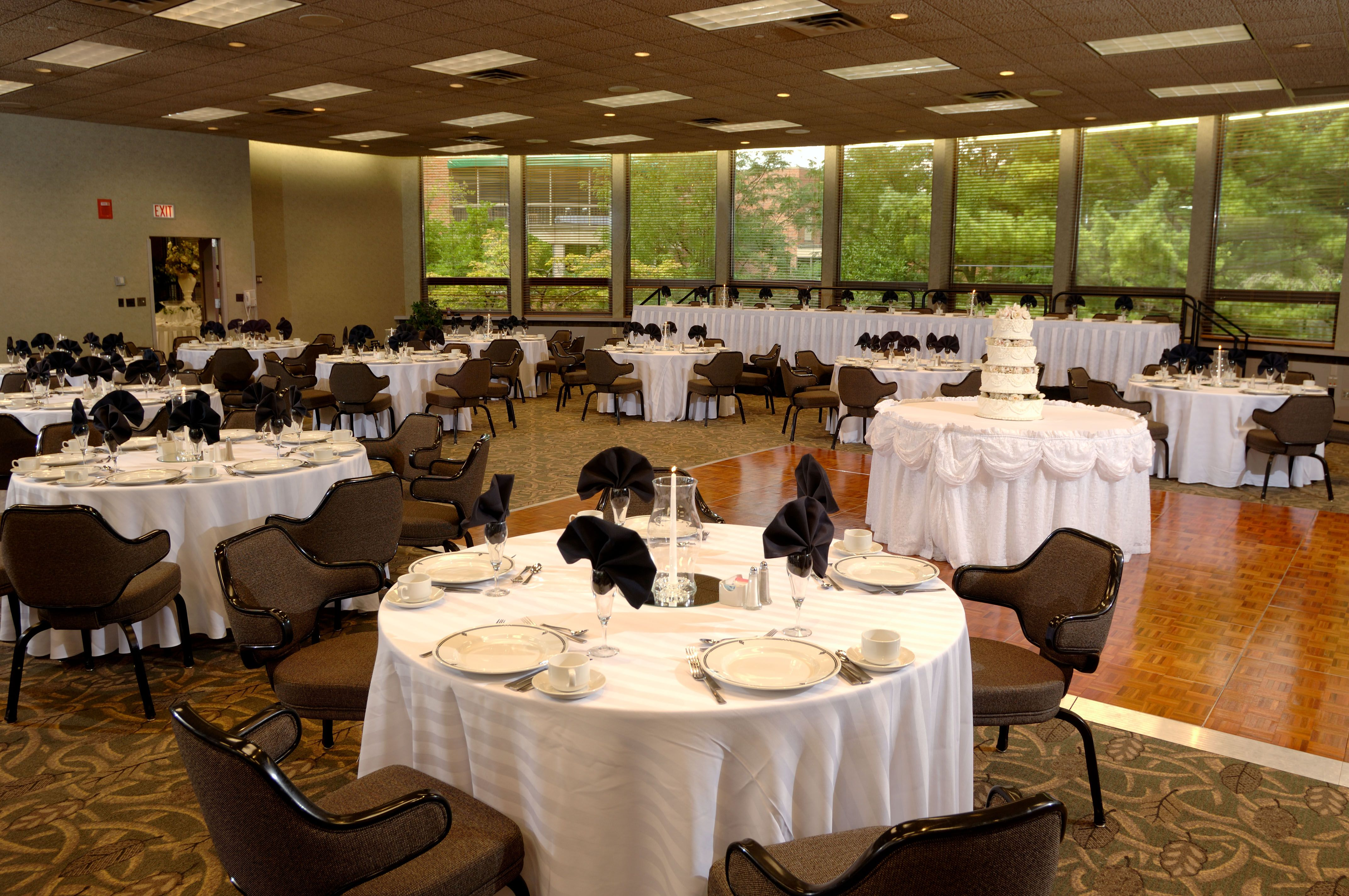 A Lincoln Room Wedding Here At The Kellogg Hotel And Conference Center Wedding Hotel Wedding Inspiration