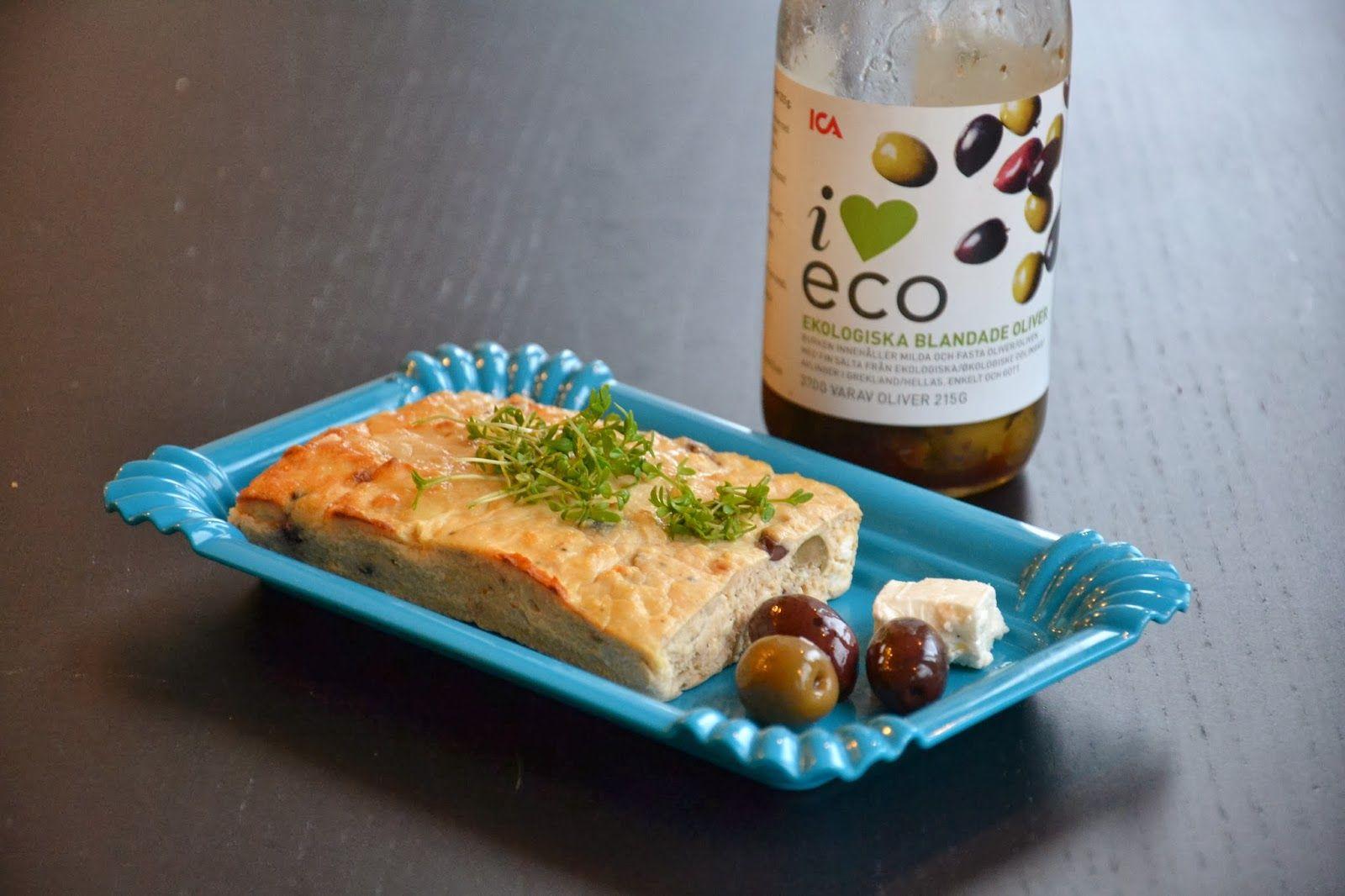 """SUND FROKOST: Tun """"brød"""" med oliven, rødløg & feta (og hvorfor du skal vælge bæredygtigt tun)"""