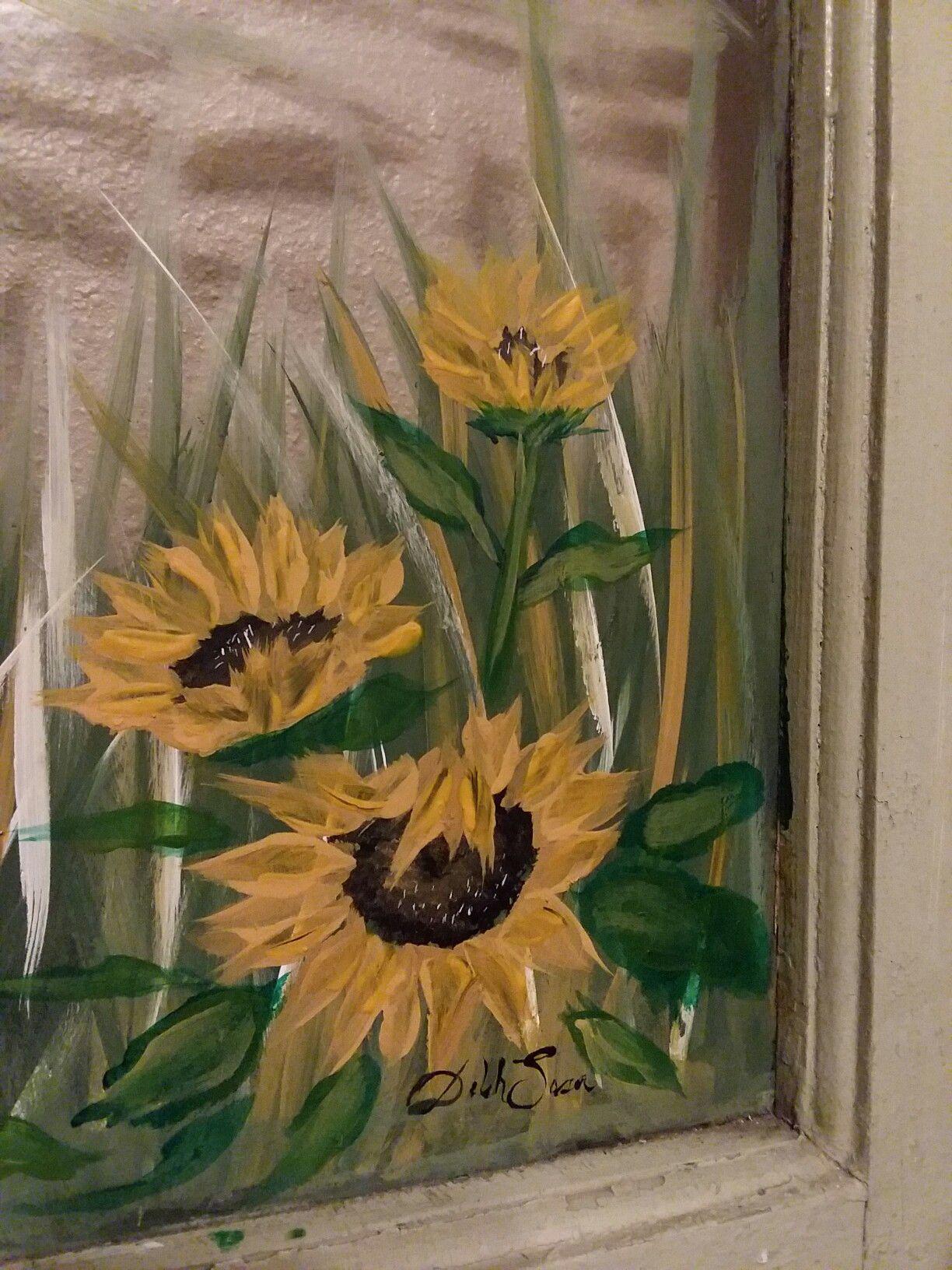 Desodesigns find me on instagram and fb sunflowersglass