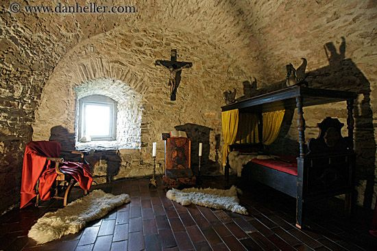 Medieval Bedroom Design Castle Decor For Homes  Thread Apartments Of Sir William De