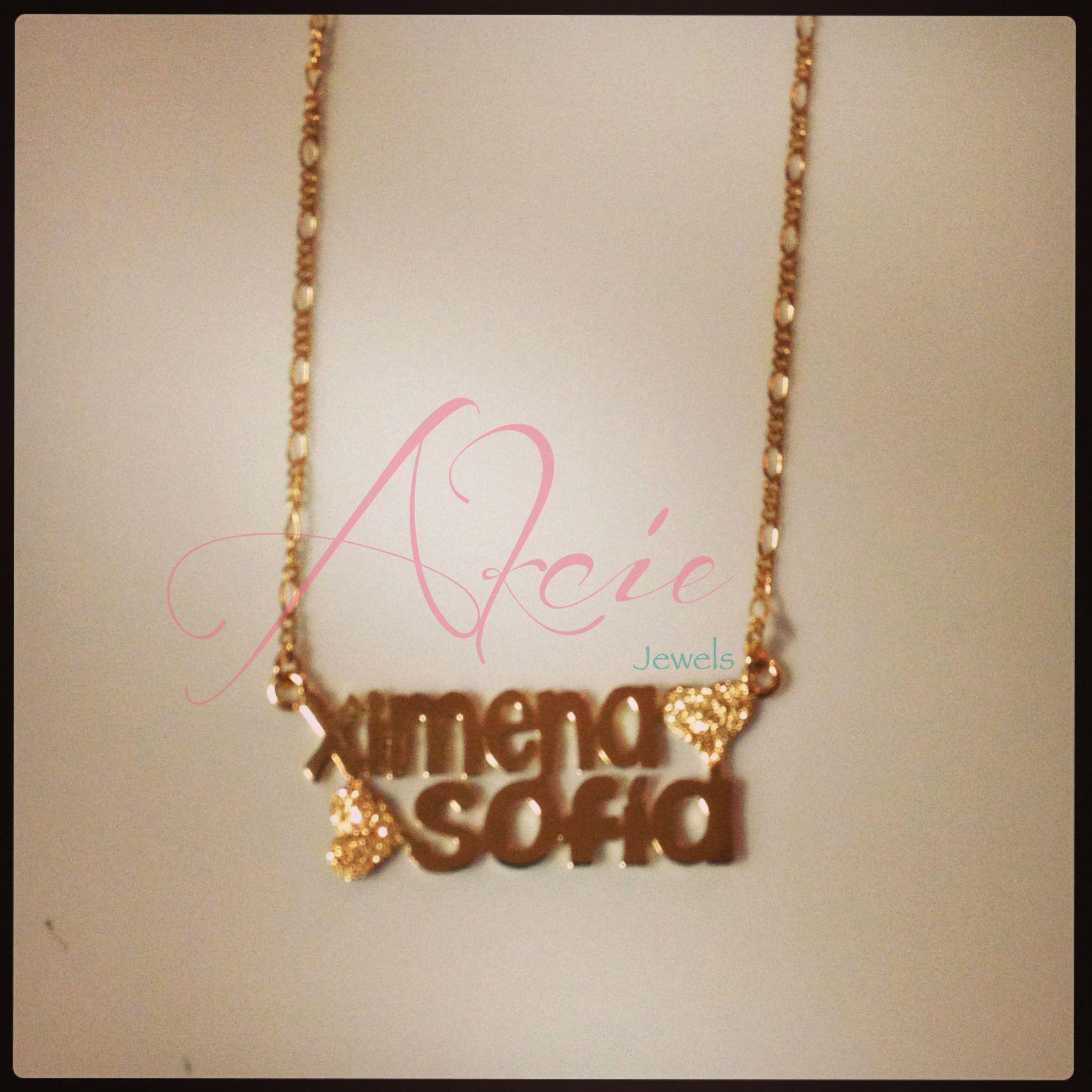 b2536e8dfdb5 Nombre personalizado y corazones escarchados en oro goldfilled o rodio y cadena  cartier.