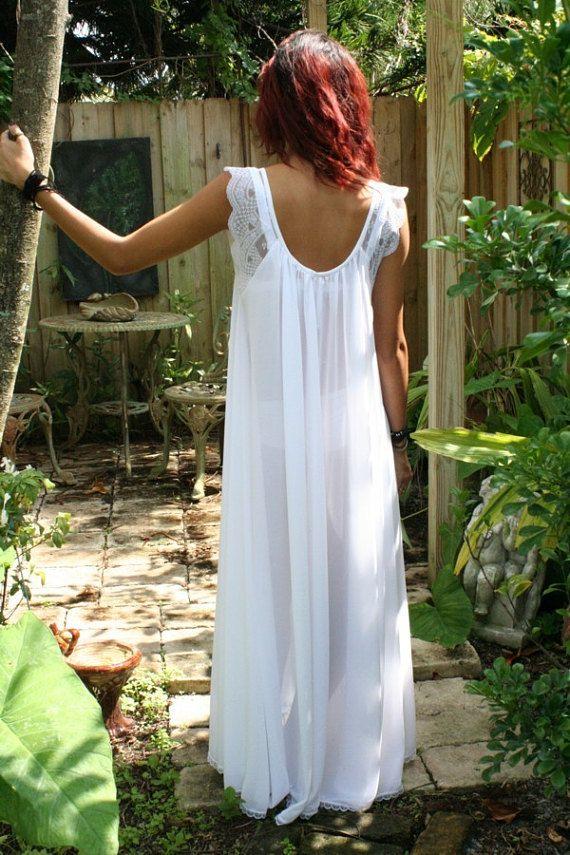 83af7dbd1 Bridal Nightgown Wedding Lingerie Full Swing White Nylon Waiting in ...