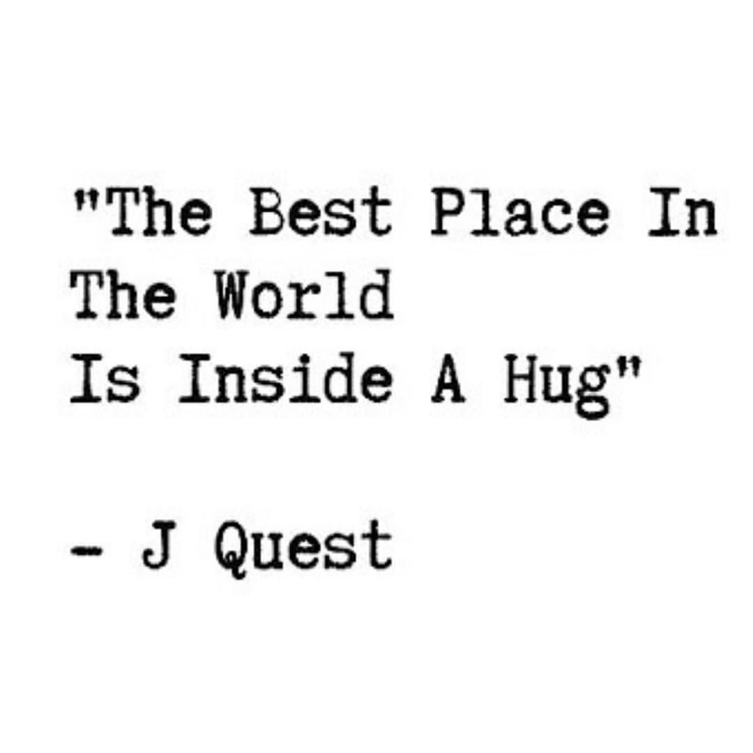 Pin By Sandrine On Des Mots Hug Quotes Need A Hug Quotes Friendship Quotes