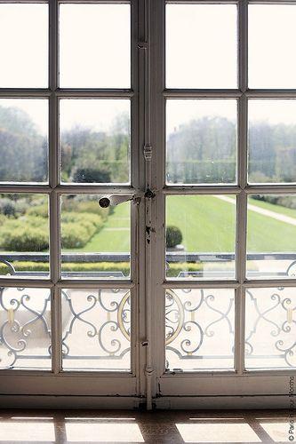 Inside Musée Rodin in Paris | Flickr via katie armour