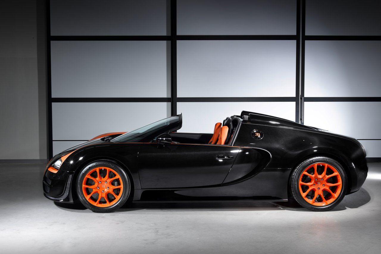 Attirant 2014 Bugatti Veyron Super Sport Side View