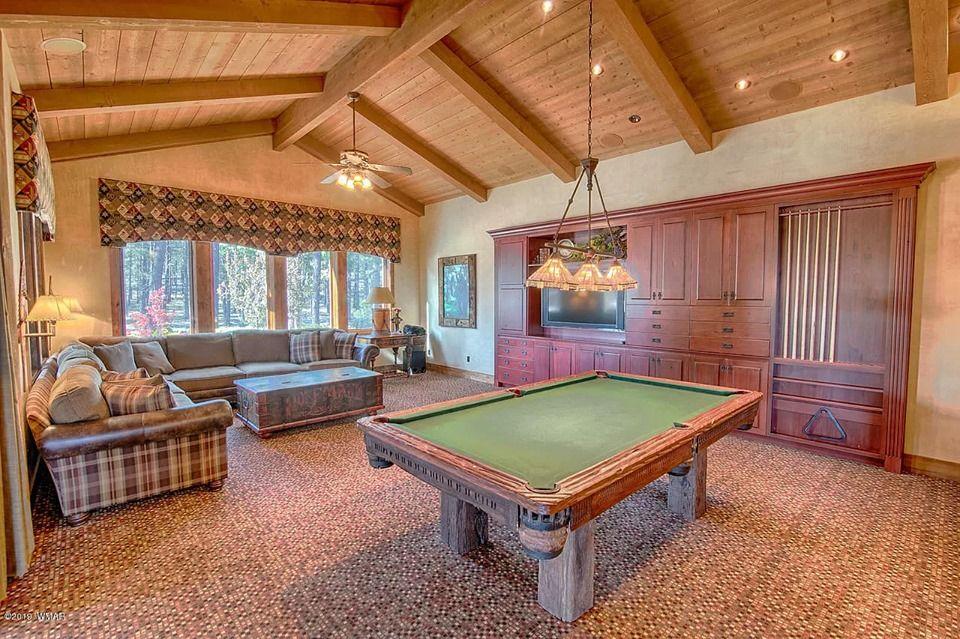 8 Bedroom Home For Sale in 9579 Sierra Springs Way