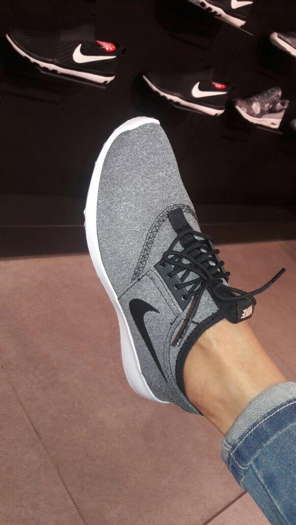 Definitivo Masacre autobiografía  Tenis gris nike | Sneakers, Shoes, New balance sneaker