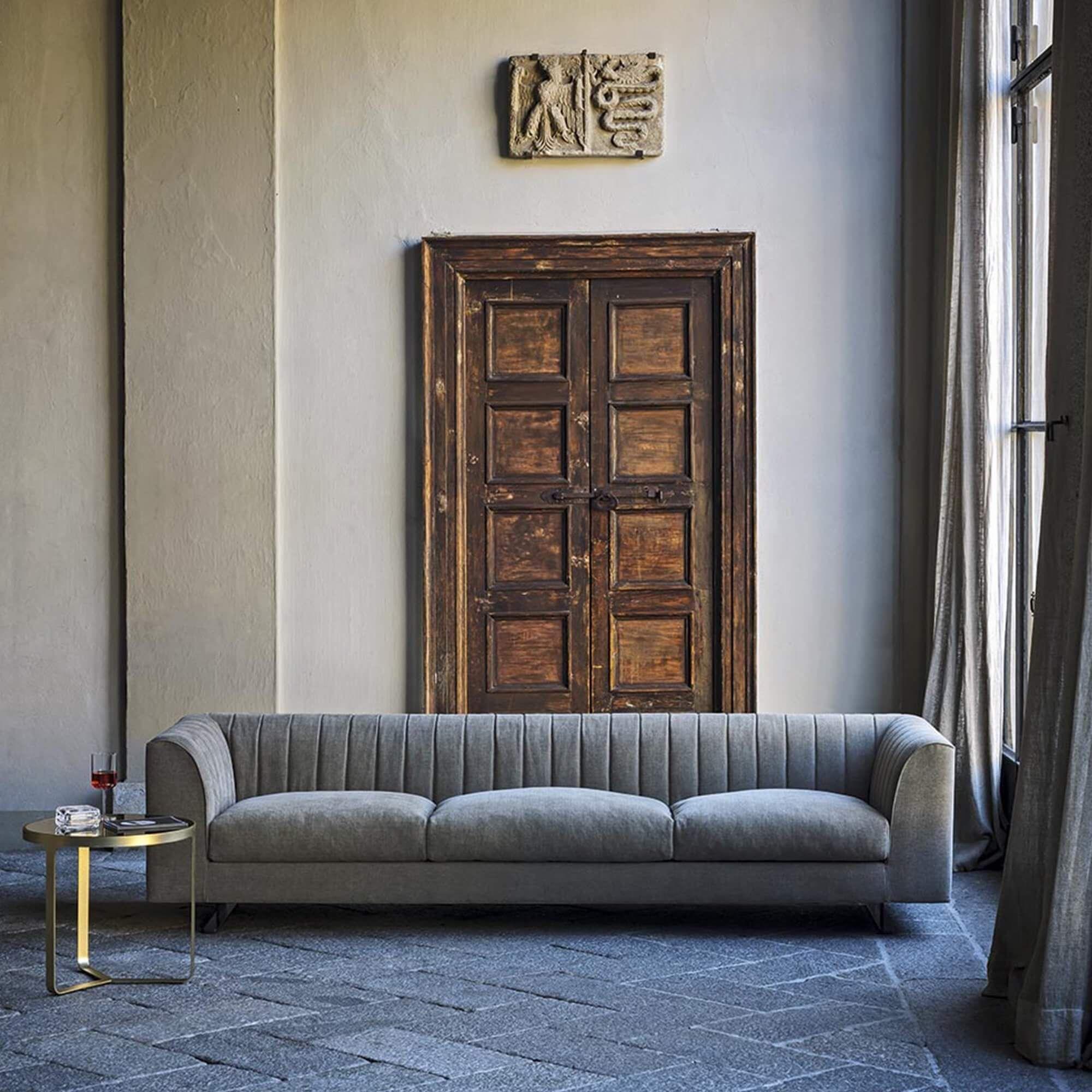 Quilt Sofa In 2019 Seating Sofa Sofa Design Quilts