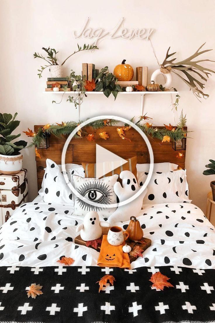 Halloween bedroom decor. Because why cant every room be