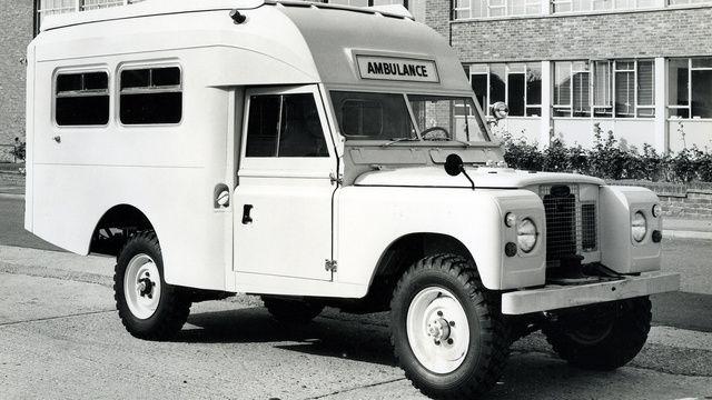 Land Rover ambulance mod    http://img.gawkerassets.com/img/18hvzfxueu4bzjpg/ku-xlarge.jpg
