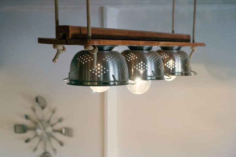 5 incredible upcycling ideas Upcycling lamp made of