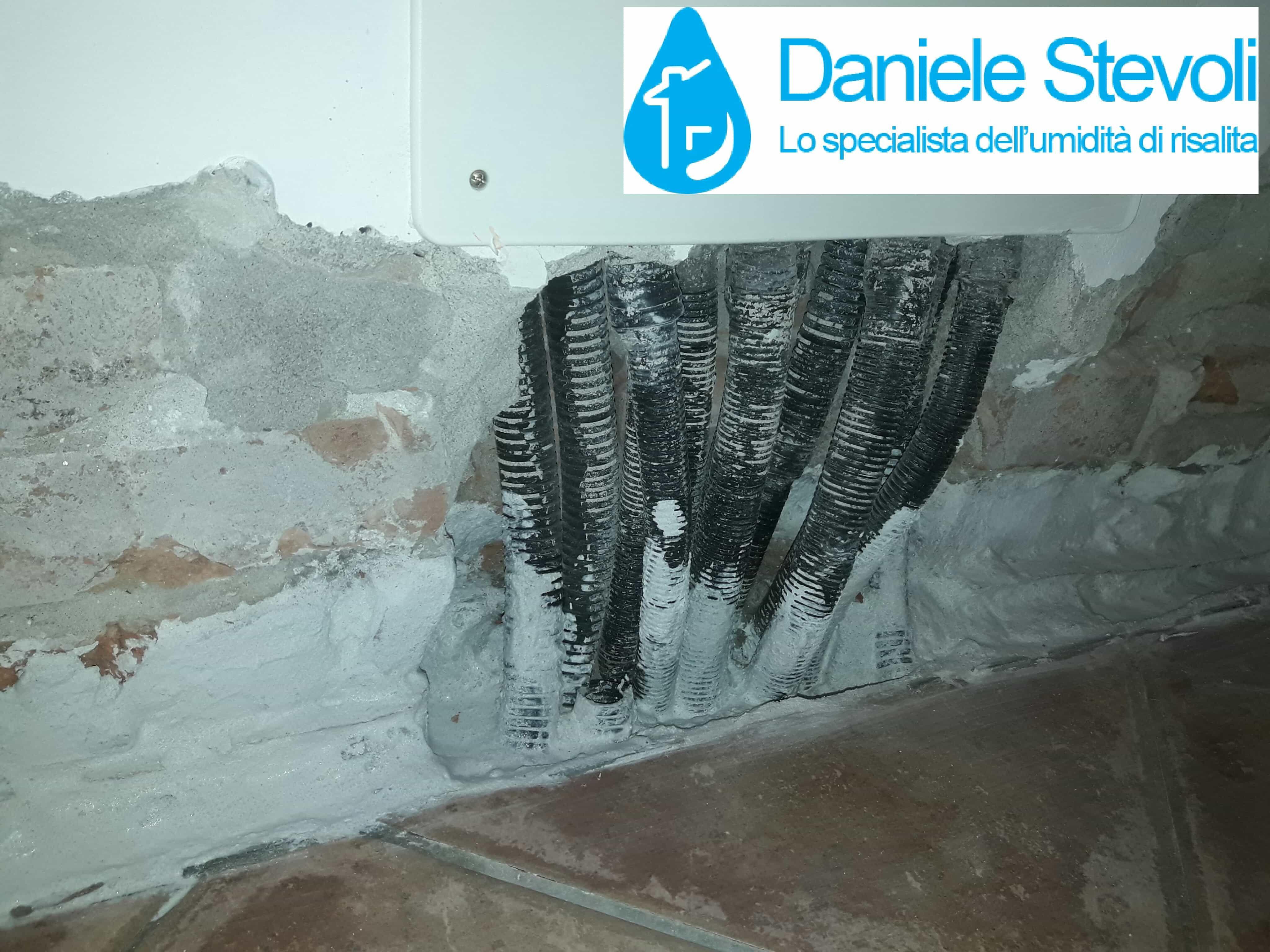 Scale Di Risalita Casa soluzioni definitive combinate all'umidità di risalita