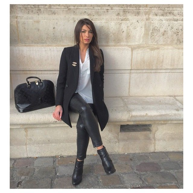 Winter Fashion Outfit Ootd Boyfriend Blazer Chanel Brooch