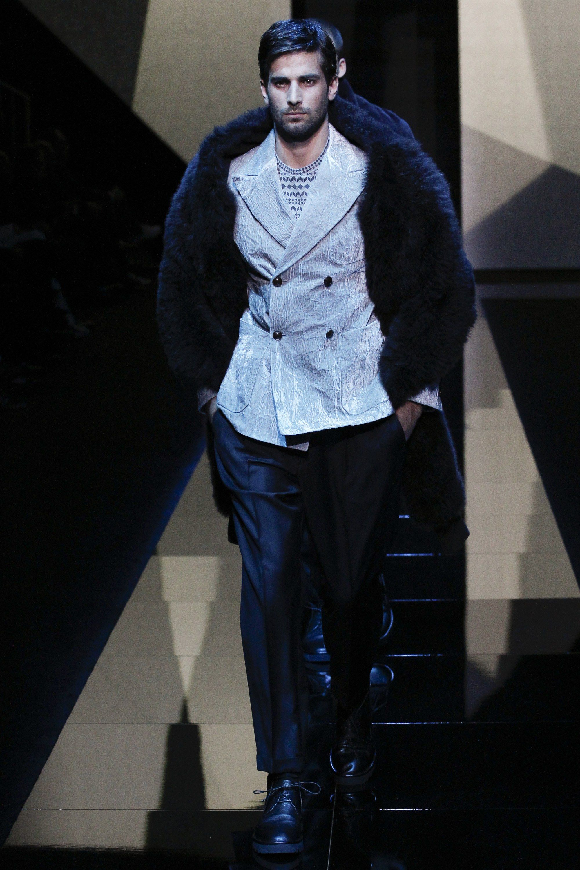 d7b8931145d8 See the complete Giorgio Armani Fall 2017 Menswear collection.