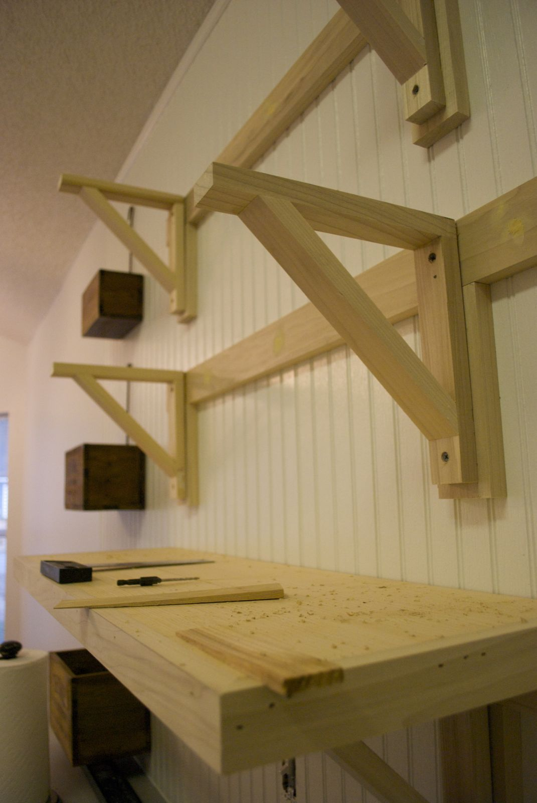 Low country living do a little jig desk ideas for Wood craft shelves