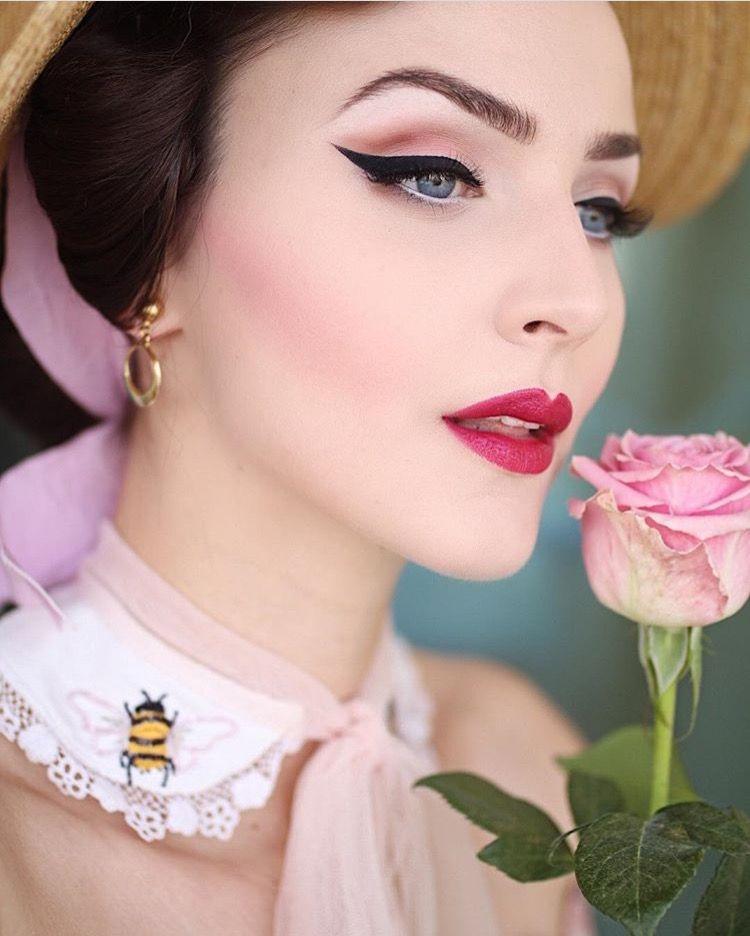 Pin Up Makeup Model: Vintage Makeup Looks, Retro Makeup, Vintage Makeup