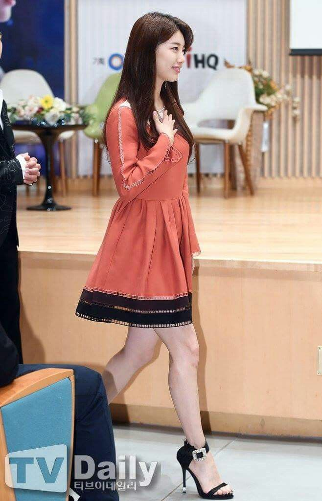 """Suzy 170922 SBS New Drama """"While You Were Sleeping"""" Press Conference"""