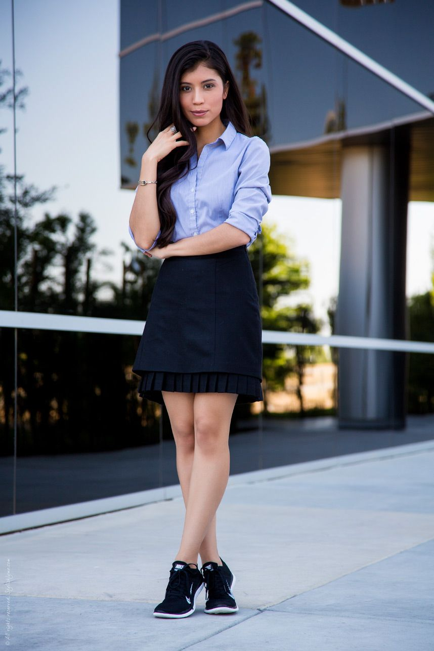 sneakers office outfit