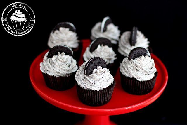 Pullahiiren leivontanurkka: Oreo Cupcakes / Oreo-kuppikakut