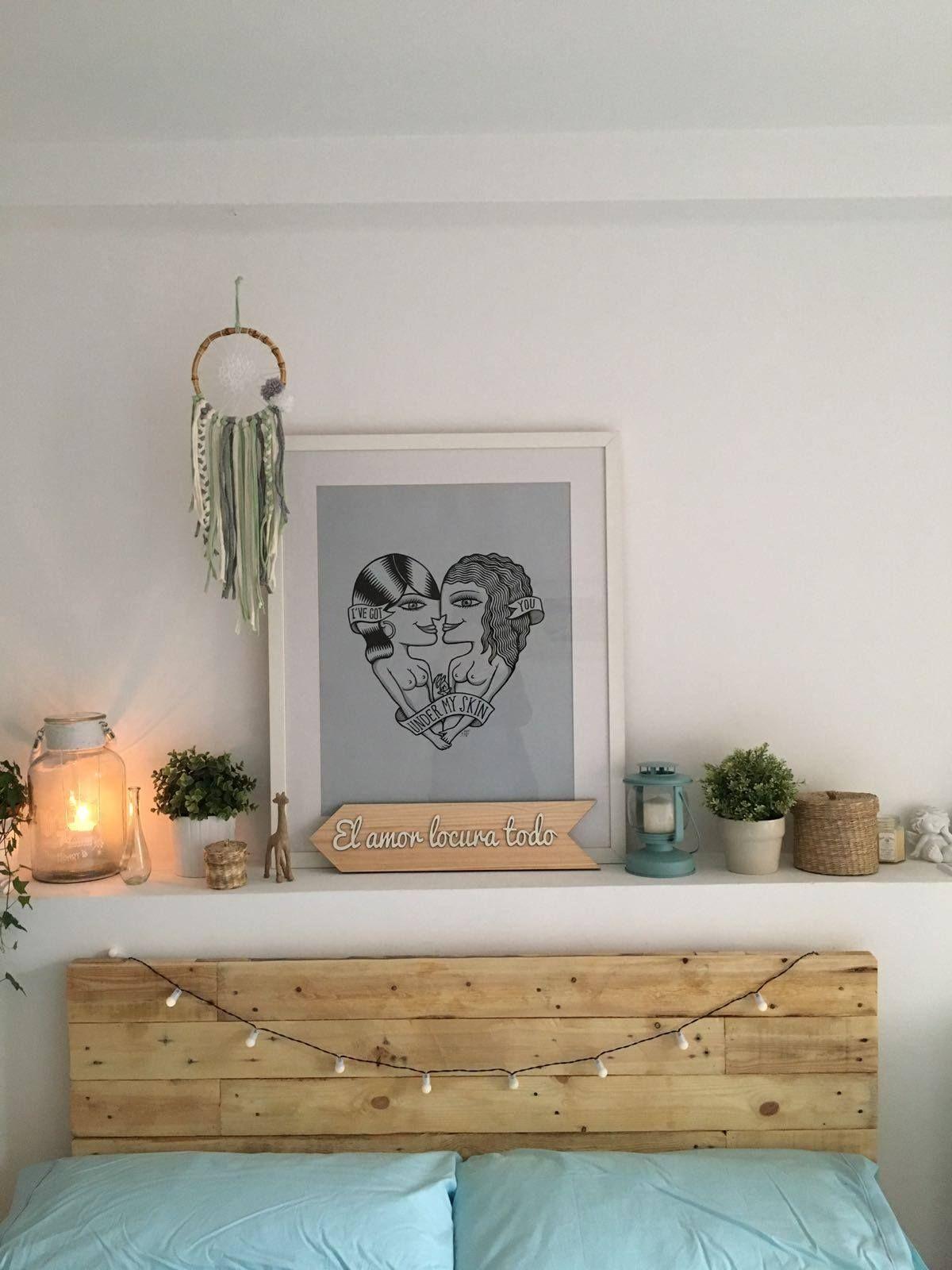 Un precioso y sencillo cabecero para un dormitorio con mucha luz ...