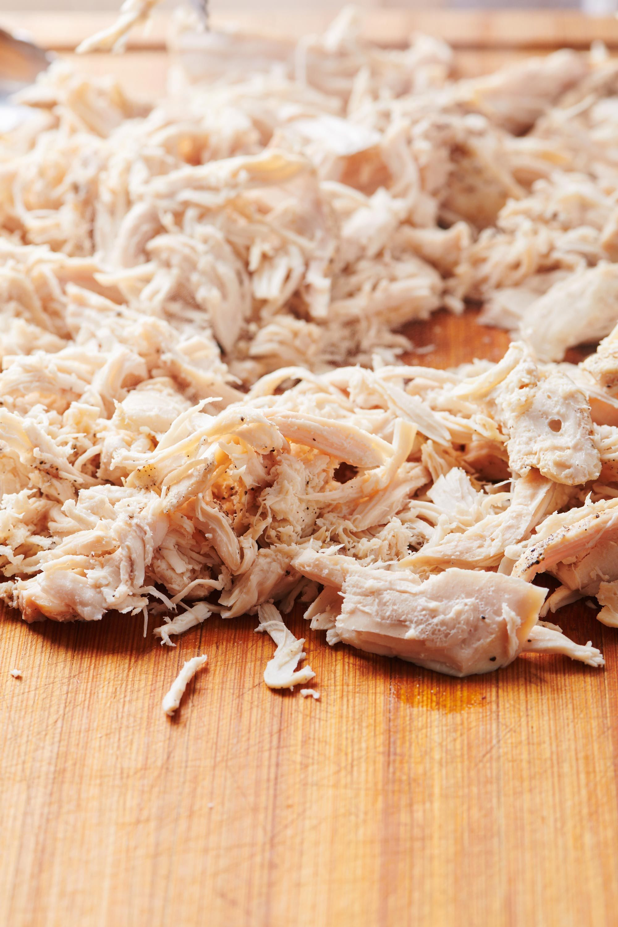 How To Make Shredded Chicken In The Slow Cooker The Mom 100 Recipe Make Shredded Chicken Shredded Chicken Cooking Chicken To Shred